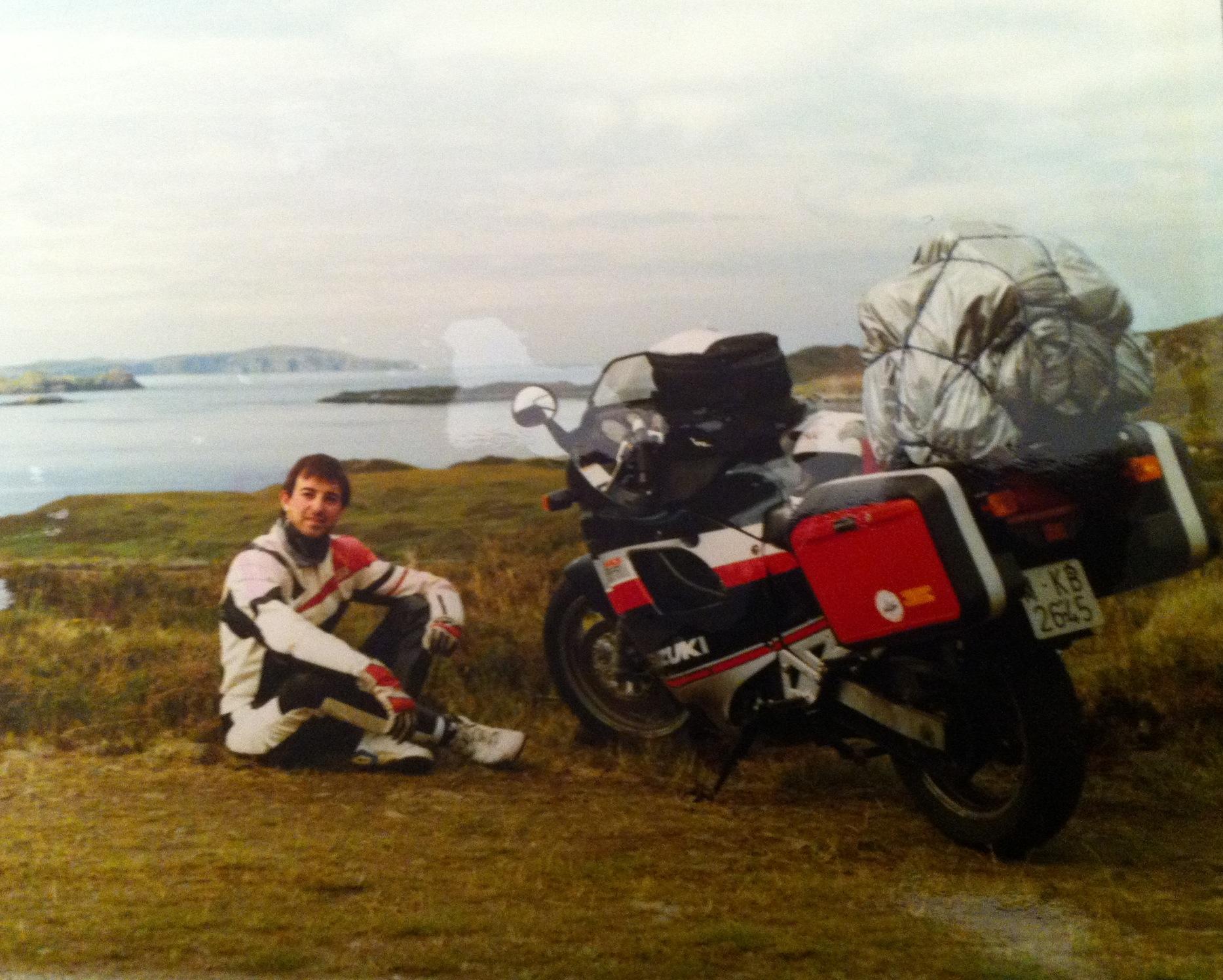 Nuestro amigo Maxi Peñaso en los Highlands allá por los 90.